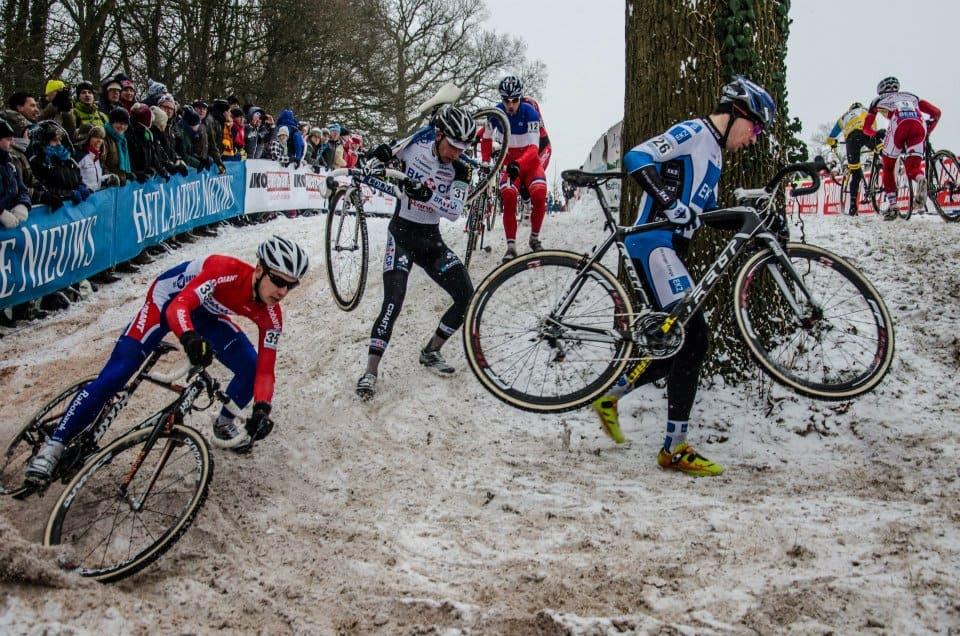 Ciklokros je atraktivna disciplina in odličen način zimskega treninga kolesarjev. Vedeti moramo le, kako ga pravilno uporabiti za doseganje svojih ciljev. vir: cxmagazine