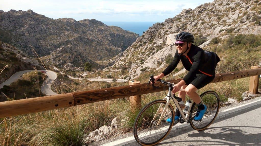 Kolesarjenje Mallorca Majorka je raj za kolesarski dopust.