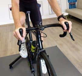 Kolesarjenje doma kolesarski trenažer trener kolesarstva