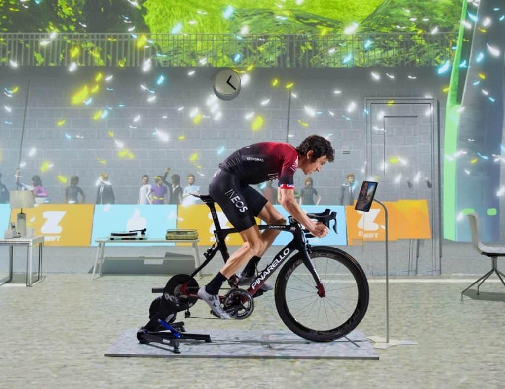 Geraint Thomas uporablja ZWIFT za kolesarski trening.